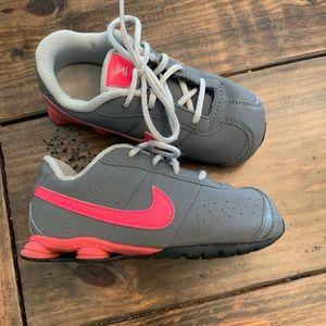 Girls Nike shox